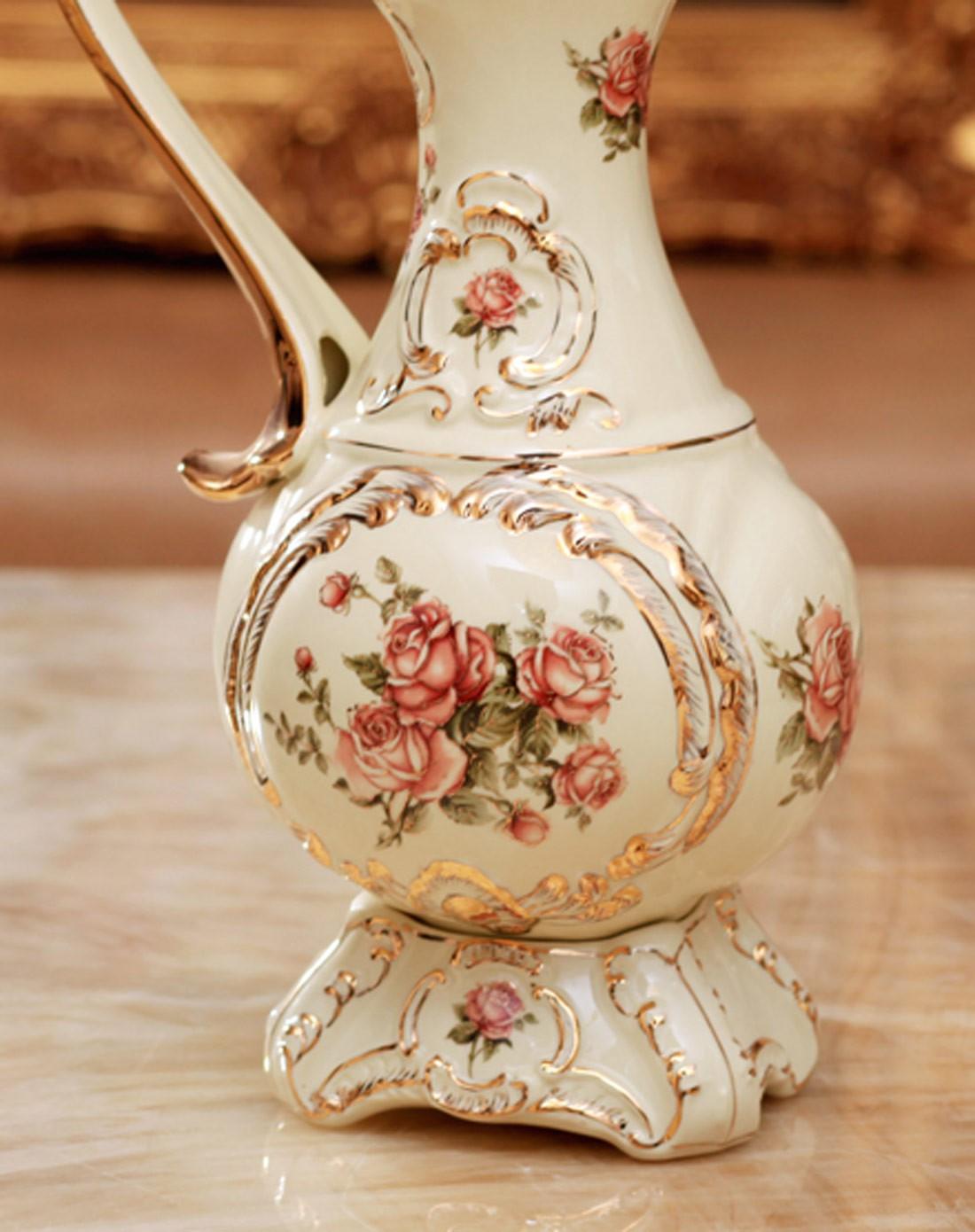 欧式高档象牙瓷单耳陶瓷花瓶图片