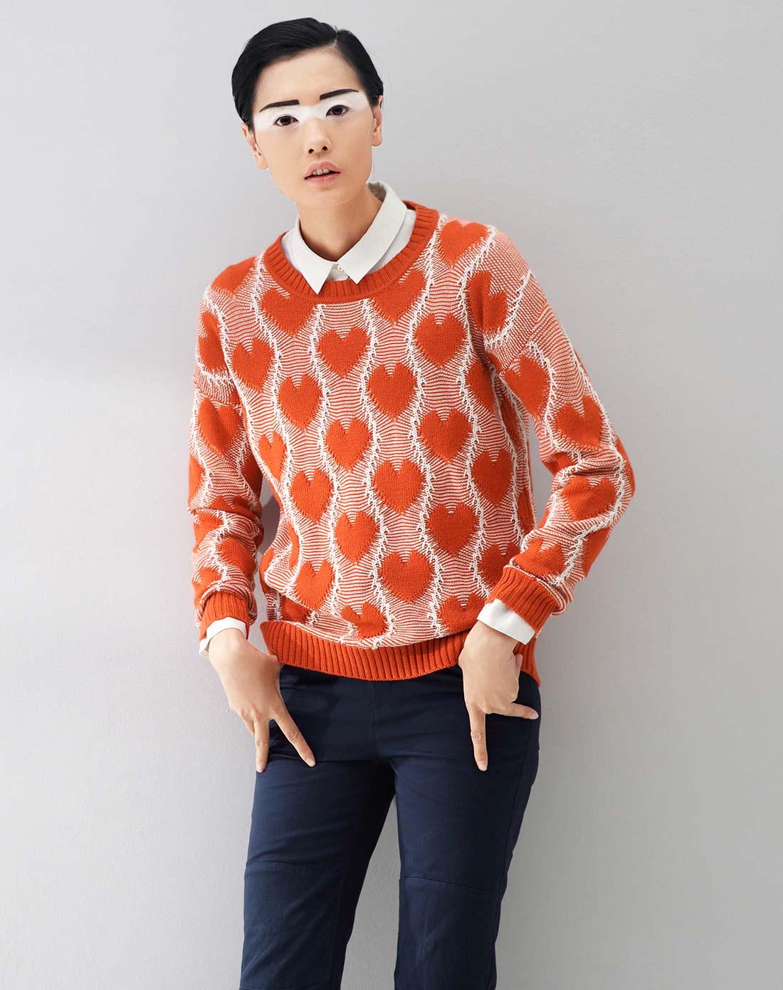 初语桔红文艺清新花纹针织宽松套头毛衣