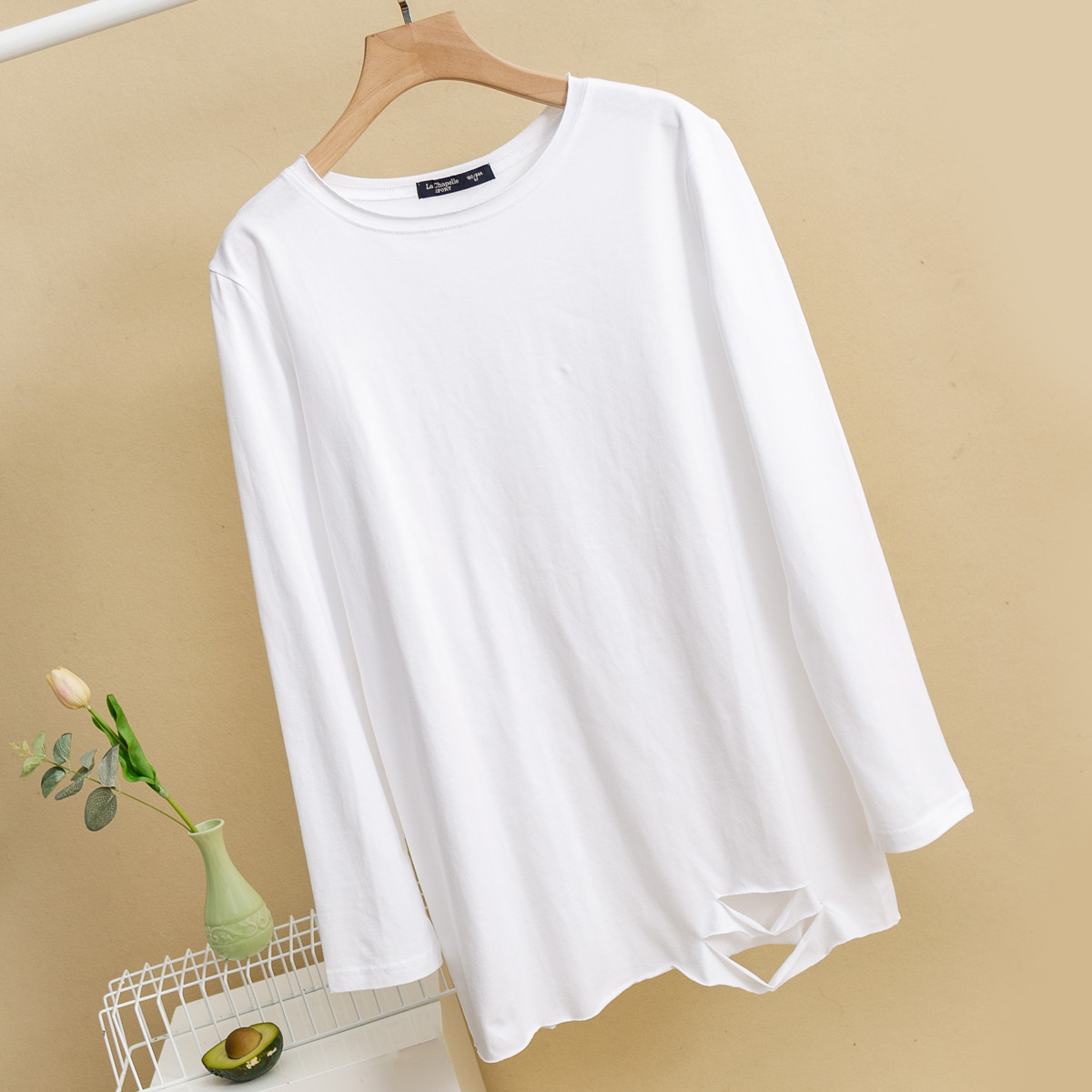 拉夏贝尔旗下新款光身纯色破洞简约女款长袖打底衫女圆领T恤