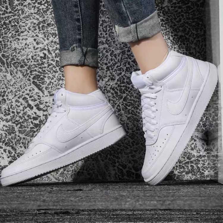 COURT VISION MID 女款透气耐磨运动休闲小白鞋