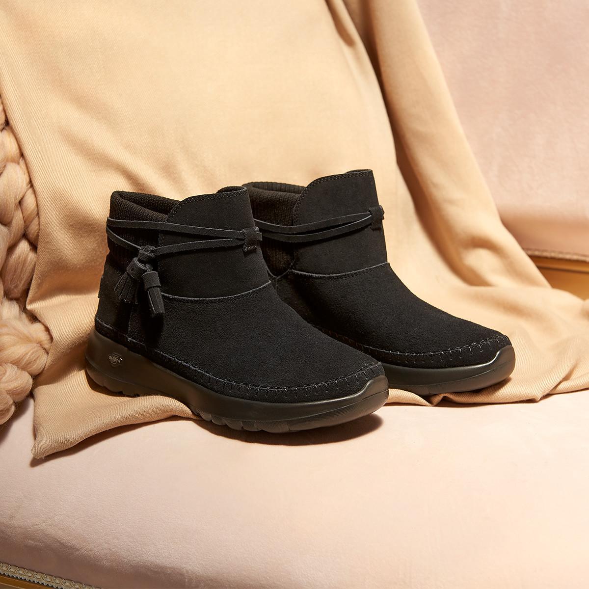 斯凯奇秋冬 轻便舒适女子时尚舒适保暖短靴休闲运动鞋